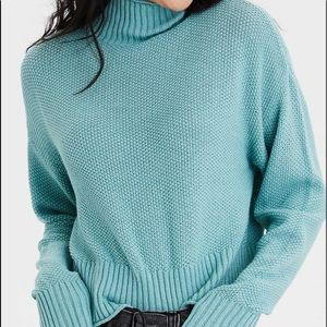 Mock neck boxy crop sweater